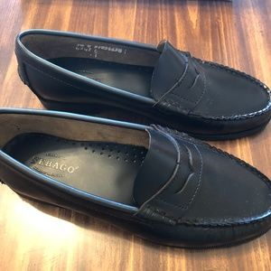 6f6be2a38c2 Sebago Shoes - Sebago Women s Black Leather Plaza Loafers 7.5 W